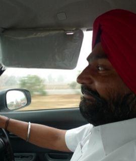 Location voiture avec chauffeur privé rajasthan, inde du nord, chauffeur francophone inde